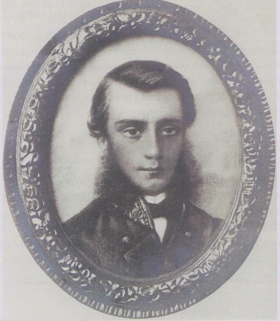 21 - Ce portrait de Gustave Viaud nous a été transmis par Monsieur Bernard Laplaud fils de Fernand Laplaud, fondateur en 1903 de notre association