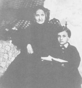 Grand'tante Lalie (Rosalie texier) et Pierre Loti enfant - Rochefort vers 1855 - 2