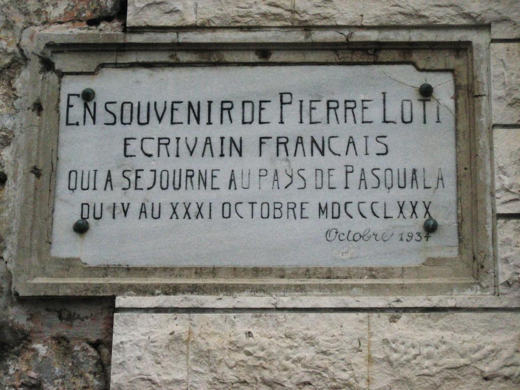 La célèbre plaque de Baosici, apposée par l'AIAPL en 1934 et toujours en place en 2007.