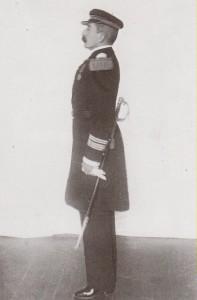 Loti reçoit les insignes de commandeur de l'ordre de la Légion d'honneur à bord du Patrie 5 nov 1910