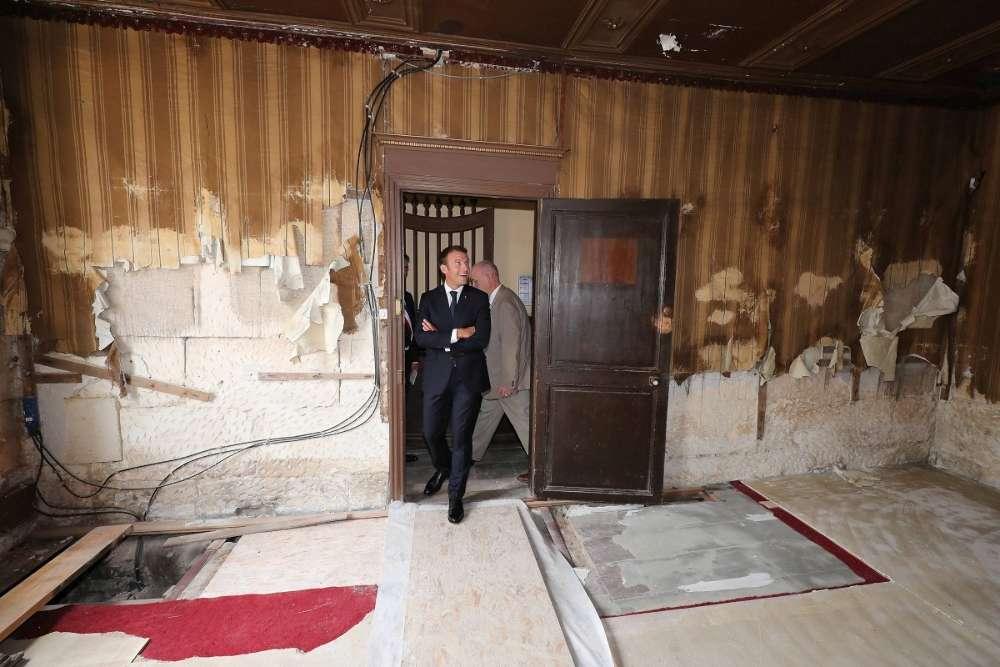 1-visite maison de pierre loti par emmanuel macron