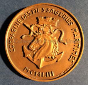 Médaille commémorative pour le lancement du paquebot Pierre Loti (1953) de la Compagnie des Messageries Maritimes, créée par André Lavrillier (1885-1858). R