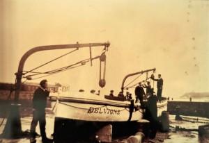 Le canot de sauvetage de Socoa en 1897. Coll. SNSM